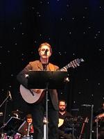 RECENZIE: George Dalaras şi-a început turneul european la Bucureşti
