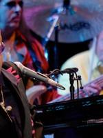 La concertul Elton John s-au epuizat două categorii de bilete