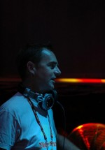 Nick Warren în Divino Glam Club din Galaţi