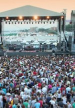 Concerte şi petreceri de 1 mai 2011
