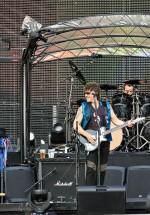bon-jovi-live-concert-bucharest-2011-12