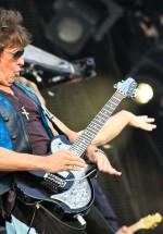 bon-jovi-live-concert-bucharest-2011-35