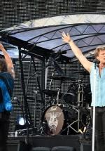 bon-jovi-live-concert-bucharest-2011-58