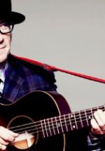 Elvis Costello va concerta în premieră în România în noiembrie 2011