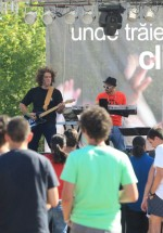electric-fence-concert-peninsula-2011-romania-stage-9