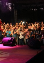 guess-who-concert-peninsula-2011-talent-stage-7