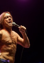 iggy-and-the-stooges-concert-peninsula-2011-tuborg-main-stage-20