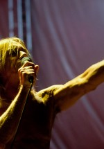 iggy-and-the-stooges-concert-peninsula-2011-tuborg-main-stage-21
