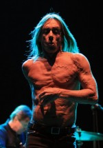 iggy-and-the-stooges-concert-peninsula-2011-tuborg-main-stage-4
