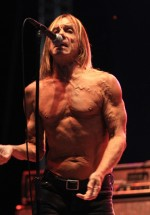 iggy-and-the-stooges-concert-peninsula-2011-tuborg-main-stage-8