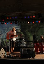 mojo-barrel-concert-peninsula-2011-talent-stage-11