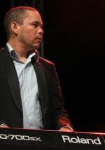 ska-cubano-concert-peninsula-2011-kiss-terace-11