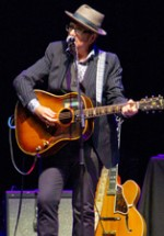 POZE: Elvis Costello la Bucureşti