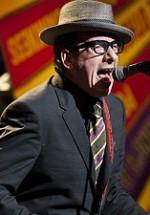 CONCURS: Câştigă invitaţii la concertul Elvis Costello de la Bucureşti