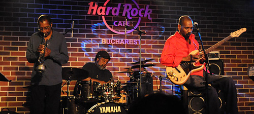 RECENZIE: Victor Bailey Group a uimit publicul român la Hard Rock Cafe