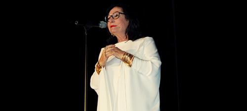 RECENZIE: Nana Mouskouri a oferit un show de excepţie la Bucureşti
