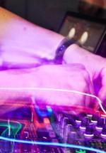 RECENZIE: Bonobo, un DJ Set remarcabil la Bucureşti în Atelierul de Producţie