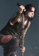 RECENZIE: Motley Crue, Dimmu Borgir şi Overkill au dat startul OST Fest 2012 (POZE)
