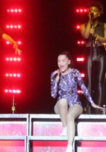 RECENZIE: Jessie J la Orange Summer Party 2012 (POZE)