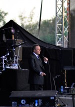 julio-iglesias-zone-arena-bucharest-2012-2