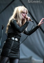 3-the-asteroids-galaxy-tour-summer-well-2012-11