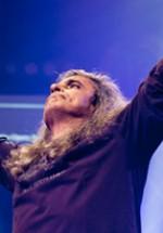 Cristi Minculescu revine pe scenă alături de trupa Lotus în decembrie 2012