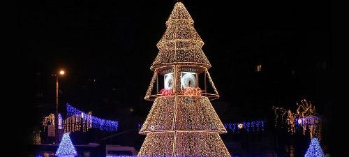 Târg de Crăciun şi concerte în Piaţa Universităţii în toată luna decembrie