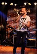 POZE: Slash Warm-Up Party în Hard Rock Cafe
