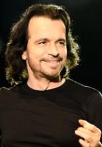 Preţul biletelor pentru concertul Yanni de la Bucureşti a fost redus cu 35%