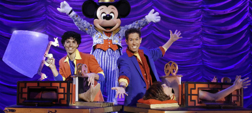 CONCURS: Câştigă invitaţii la Mickey's Magic Show la Bucureşti