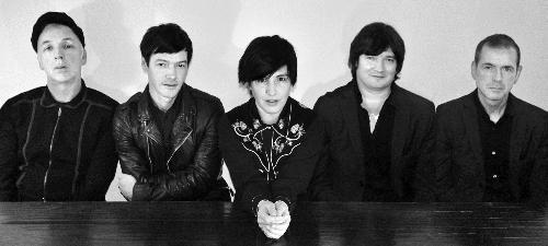 Texas vor concerta în premieră în România la B'ESTFEST 2013