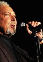 Tom Jones va concerta la Bucureşti în noiembrie 2013