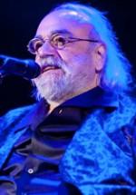POZE: Demis Roussos – Concert de Crăciun la Sala Palatului din Bucureşti