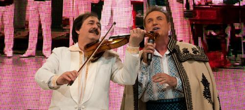 """POZE: Constantin Enceanu – """"Stai cu mine, omule, să-ţi cânt"""" la Sala Palatului"""
