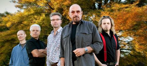 CONCURS: Câştigă invitaţii la concertul Jethro Tull de la Bucureşti