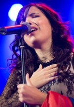 RECENZIE: Concert Indila la Bucureşti sau cum să visezi cu ochii deschişi în toiul zile (FOTO)
