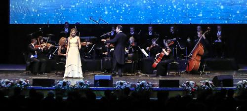 FOTO: Schoenbrunn Palace Orchestra la Sala Palatului din Bucureşti