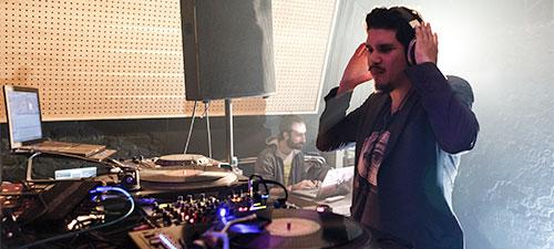 FOTO: Rob Garza DJ Set în Club Eden din Bucureşti