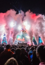 FOTO: Fatboy Slim, The Parov Stelar Band, Asian Dub Foundation, în prima zi de Electric Castle Festival 2015