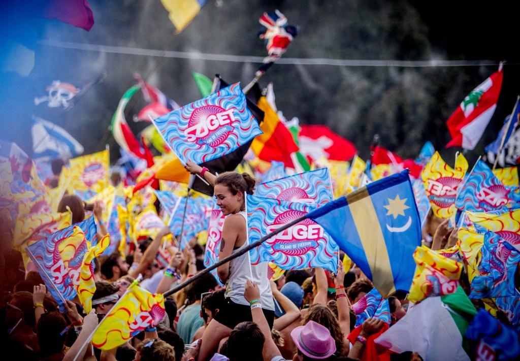 RECENZIE: Sziget Festival 2015, o insulă a libertăţii multiculturală unde toţi vorbesc aceeaşi limbă: distracţia
