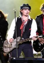 Johnny Depp, pentru prima dată în România, alături de Alice Cooper şi Joe Perry (Aerosmith)