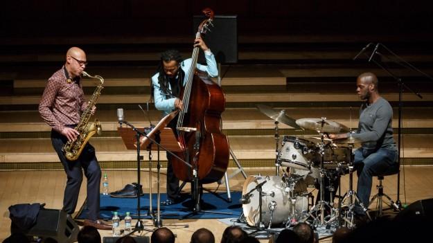 FOTO: Joshua Redman Trio la Sala Radio din Bucureşti