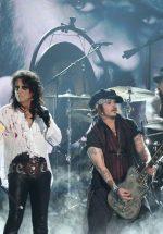 Doi membri Guns N' Roses se alătură concertului The Hollywood Vampires, de la București