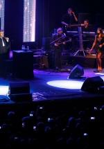 RECENZIE:  Julio Iglesias şi Julio Iglesias Jr. la Bucureşti, concert latino în familie, în faţa a 4000 de fani (FOTO)