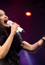 """Tarja Turunen a adus """"The Shadow Self"""" într-un concert spectaculos la Sala Palatului (FOTO)"""