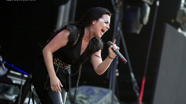 Ultimele detalii ale concertului Evanescence de la Bucureşti. Program, reguli de acces şi trupe din deschidere