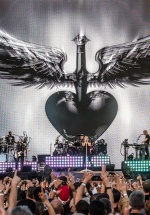 "RECENZIE: Bon Jovi a adus ""This House Is Not For Sale"" la Bucureşti (FOTO)"