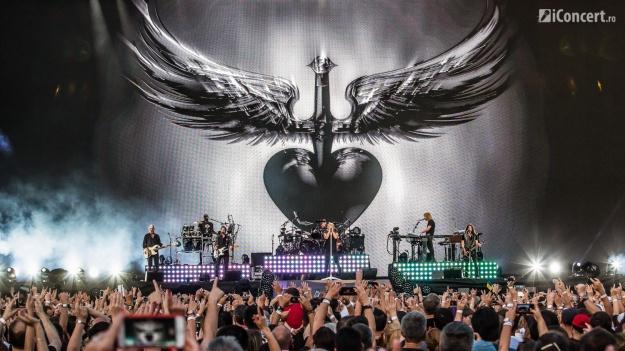 """RECENZIE: Bon Jovi a adus """"This House Is Not For Sale"""" la Bucureşti (FOTO)"""