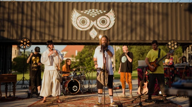 """Electric Castle a lansat """"No Festival"""", un documentar care duce mai departe spiritul festivalului"""